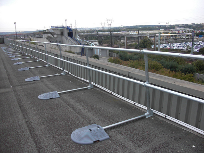 Roof Top Fall Protection Railing