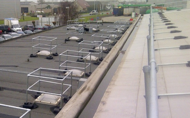 Multi-Level Sloped Roof Railing